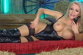 Bimbo Jenna Hoskins chat tv 2 black lingerie