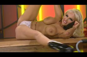 Bimbo Danni Harwood chat on TV 8