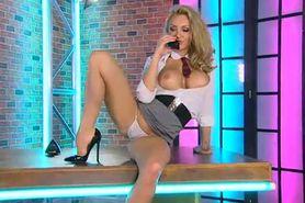 Bimbo Jenna Hoskins chat on TV 6 secretary