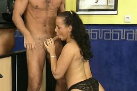 Pee - video m138 part 1
