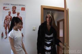 Lesbian oil massage