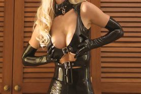 Dark Latex Domina