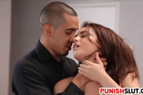 Teen Kylie Quinn is the perfect sexslave