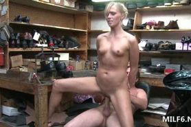 Smoking hot MILF on heels riding loaded dick on a chair