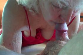 Amateur grandma cocksucking