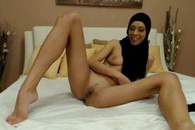 Skinny Hijab Muslim Webcam