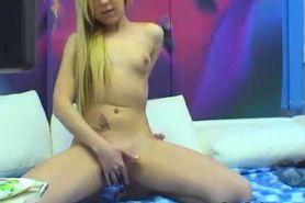 No Sound: Cute Blonde Webcam Girl