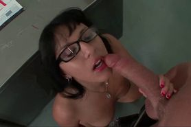 Sexy milf teacher gives blowjob