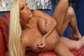 Gina Lynn-Something like a sitcom