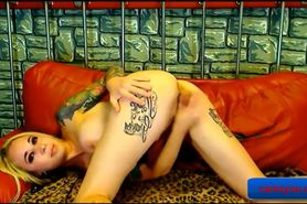 Hot Blonde Live Webcam Striptease