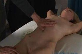 Massage - Porn LittleMutt - Faye Runaway