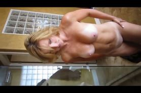 Milf Wants To Fuck And Get Creampied