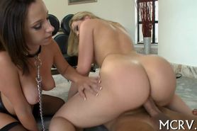 Chick with curves adores hot fuck