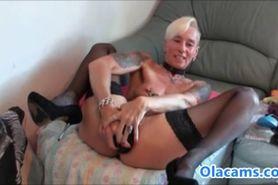 Blonde babe filled both hole on web