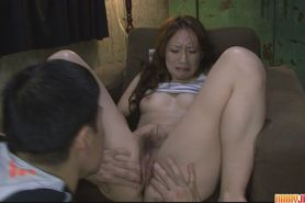 Sexy ass amateur babe finger fucked and toyed