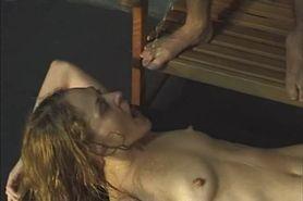 Piss No Sound: Golden shower