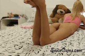 Sexy Blondie Masturbating