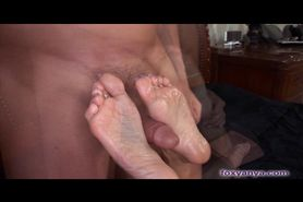 Sexy Latina Gets Her Petite Feet Lubed And Fucked