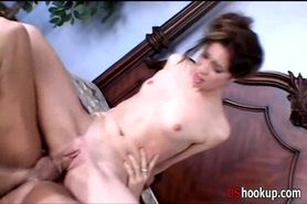 Amber loves squirting -