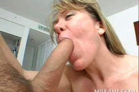 Mommy with giant boobs proving dick sucking skills in P
