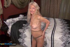 EuropeMature Old grannies Amy and Cindy masturbati
