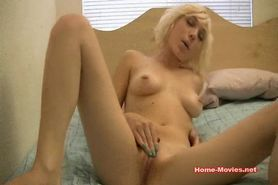 Cam; Blonde Girl Masturbating on Webcam