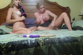 So Fucking Hot Mature Lesbians Having Party