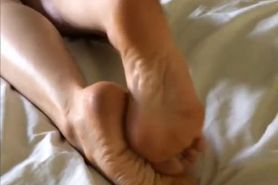 blondfeet massage 2