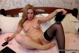 Big ass Milf in stockings on webcam
