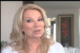 Kathie Lee Massive Facial w sound