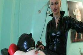 Extreme femdom torture- no mercy
