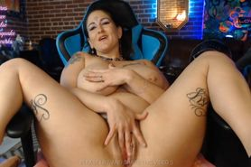 Dirty BBW Mom Squirts Cum All Over