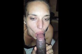 White chick loves sucking a BBC