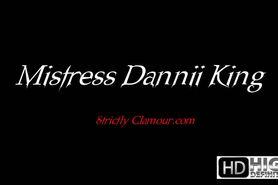 Edition 011 - Danni King_Green