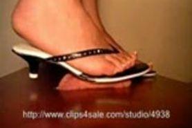 Flip-flop heels cock trample